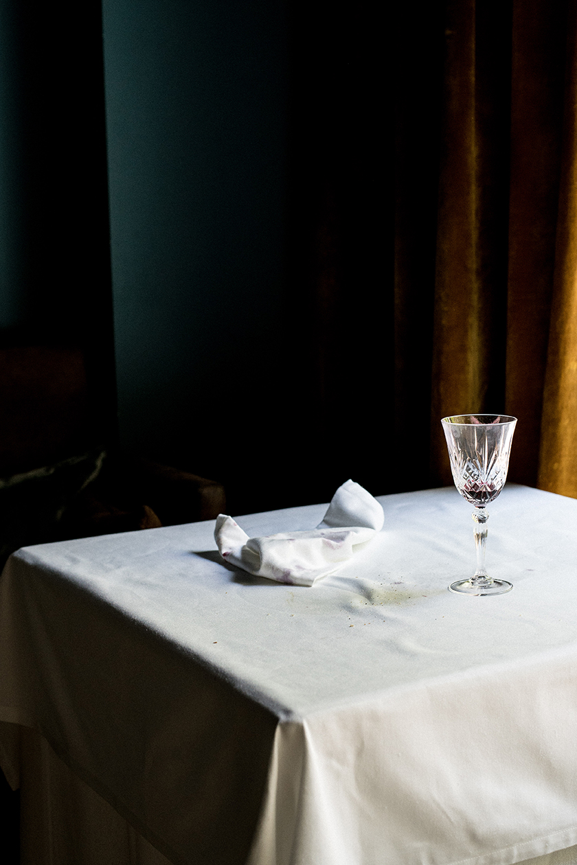 Plat Únic Restaurant by photographer Beatriz Janer | 8AM artist management