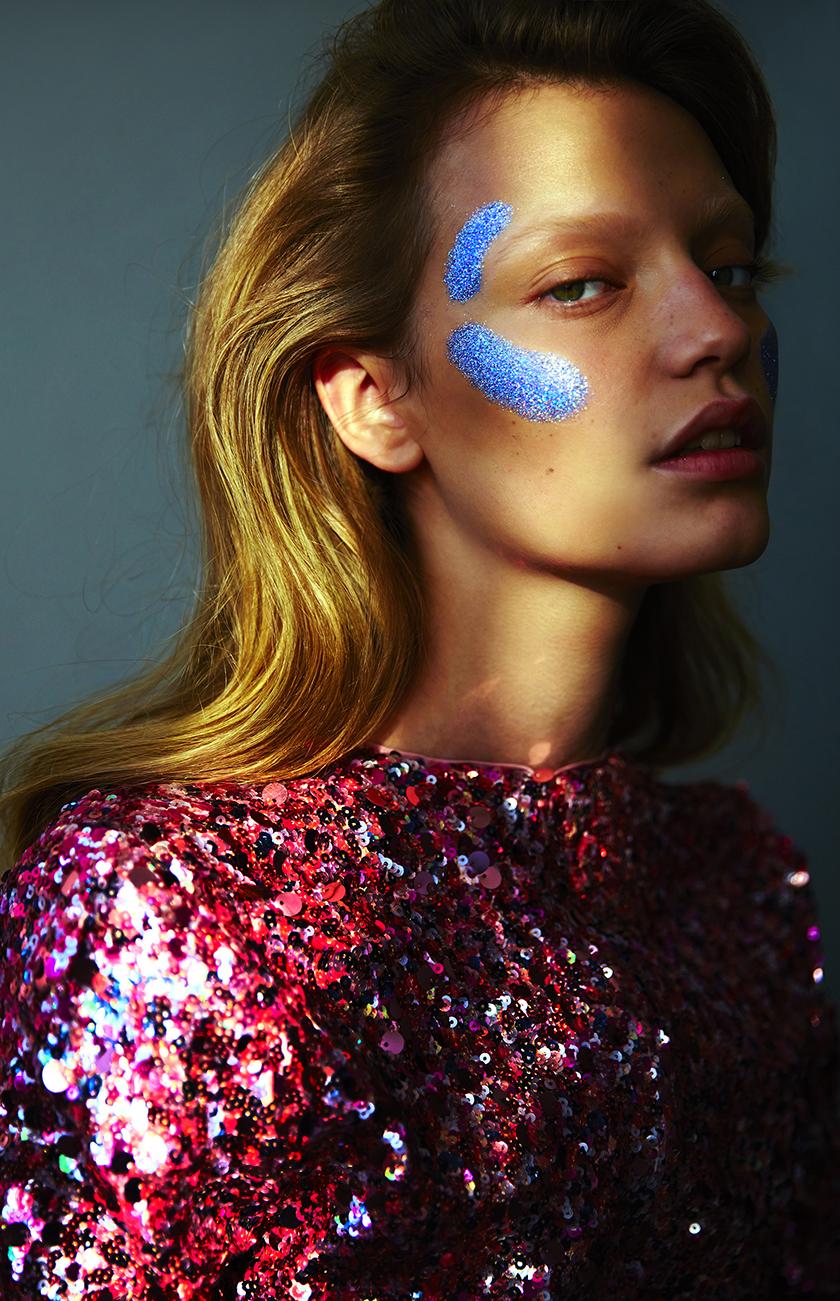 Glitter Beauty Shots by Pedro Quintana | 8AM artist management