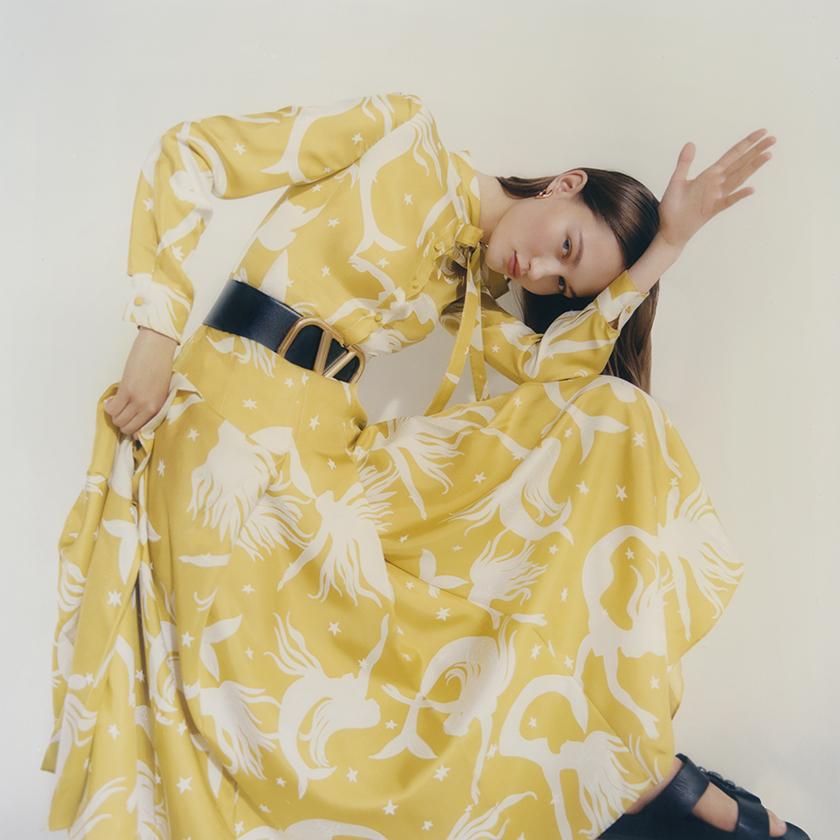 Valentino - Net a Porter - Marian Nachmia - 8AM - 8 Artist Management - Fashion