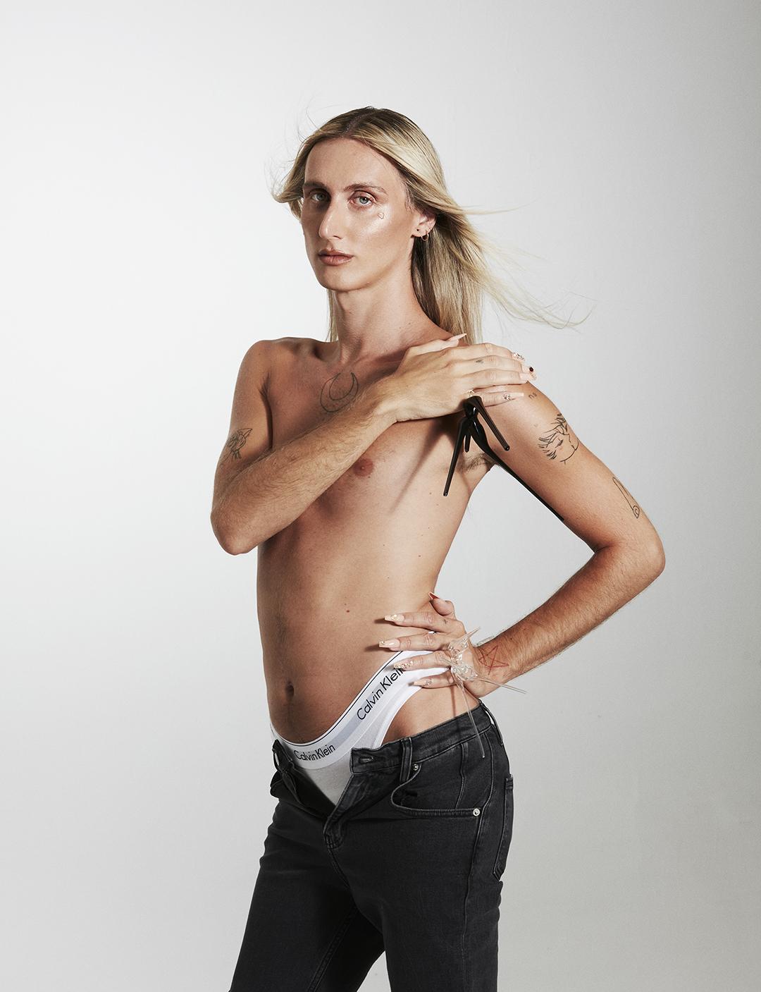 Alex de la croix - Neo 2 - Calvin Klein - Editorial - rafa gallar - 8 artist management - 8am