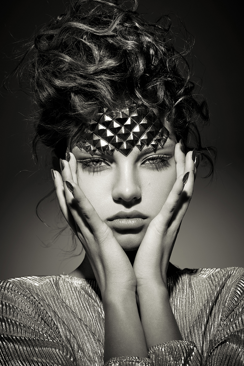 Vogue China - Beauty - Pedro Beraldo - 8AM - 8 Artist Management